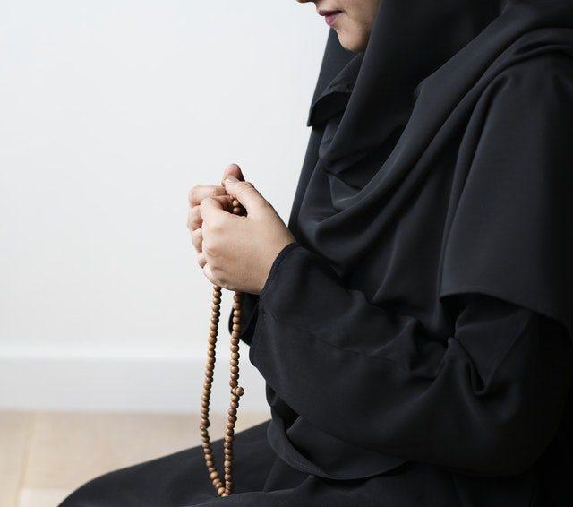 Manfaat Jilbab Bagi Muslimah Dan Kesehatan Lara Hijab