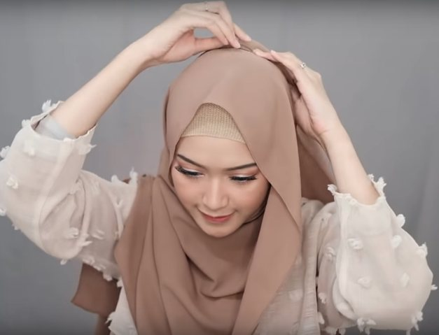 4 Style Tutorial Hijab Pashmina Simple Lara Hijab